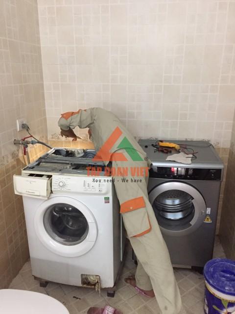 Cách sửa bị máy giặt bị chảy nước tại nhà